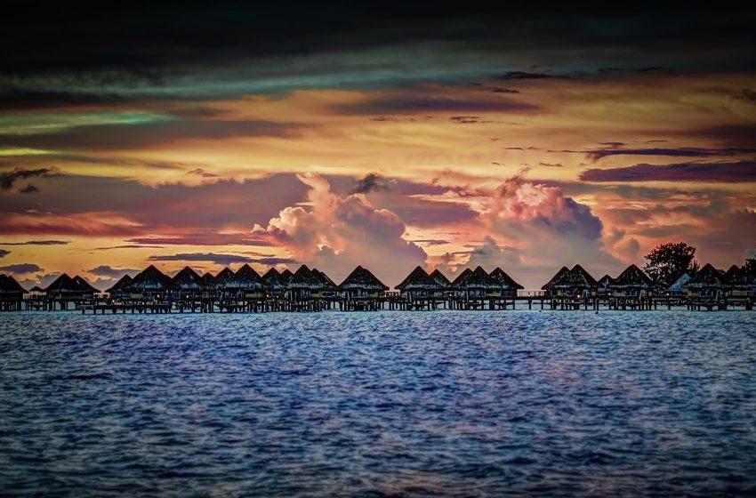 Tramonto a Bora Bora