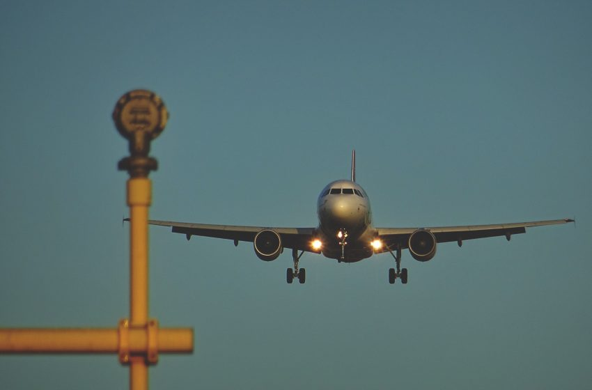 Aereo di Linea a Heathrow Airport, Longford