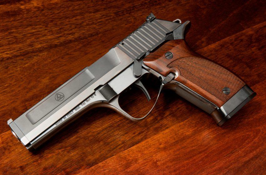 Pistola Delta AR