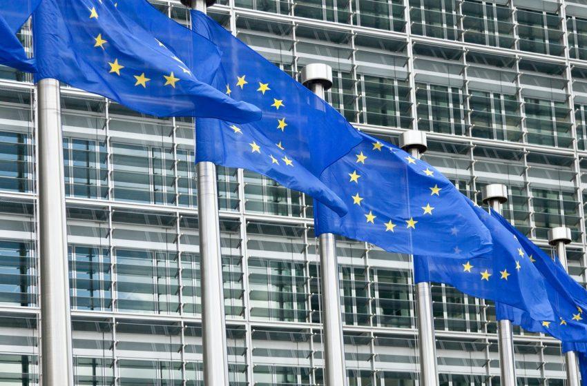 L'UE lancia un team di specialisti per indagare sulla disinformazione cinese